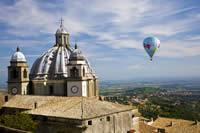 Ballooning, Italy by Ian Linning
