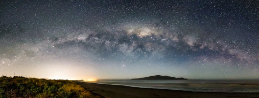 Milky Way over Kapiti.Neil Gordon.N
