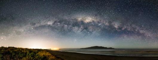 Milky Way over Kapiti.Neil Gordon.N